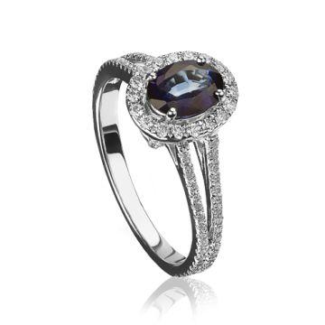 Inel cu safir oval si diamante